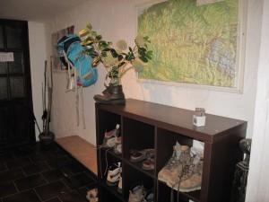 Bâtons et chaussures sont laissés à l'entrée